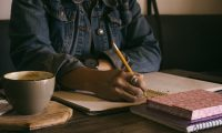 How to Write Copy for a Subscription Website That Sells