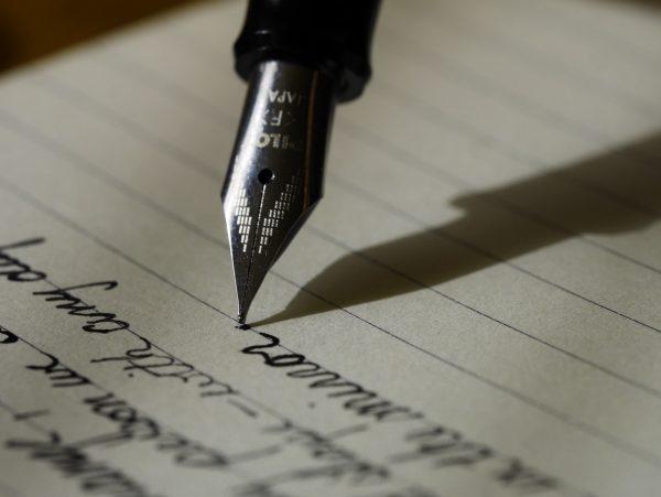 3 Ways to Master Landing Page Storytelling like Hemingway